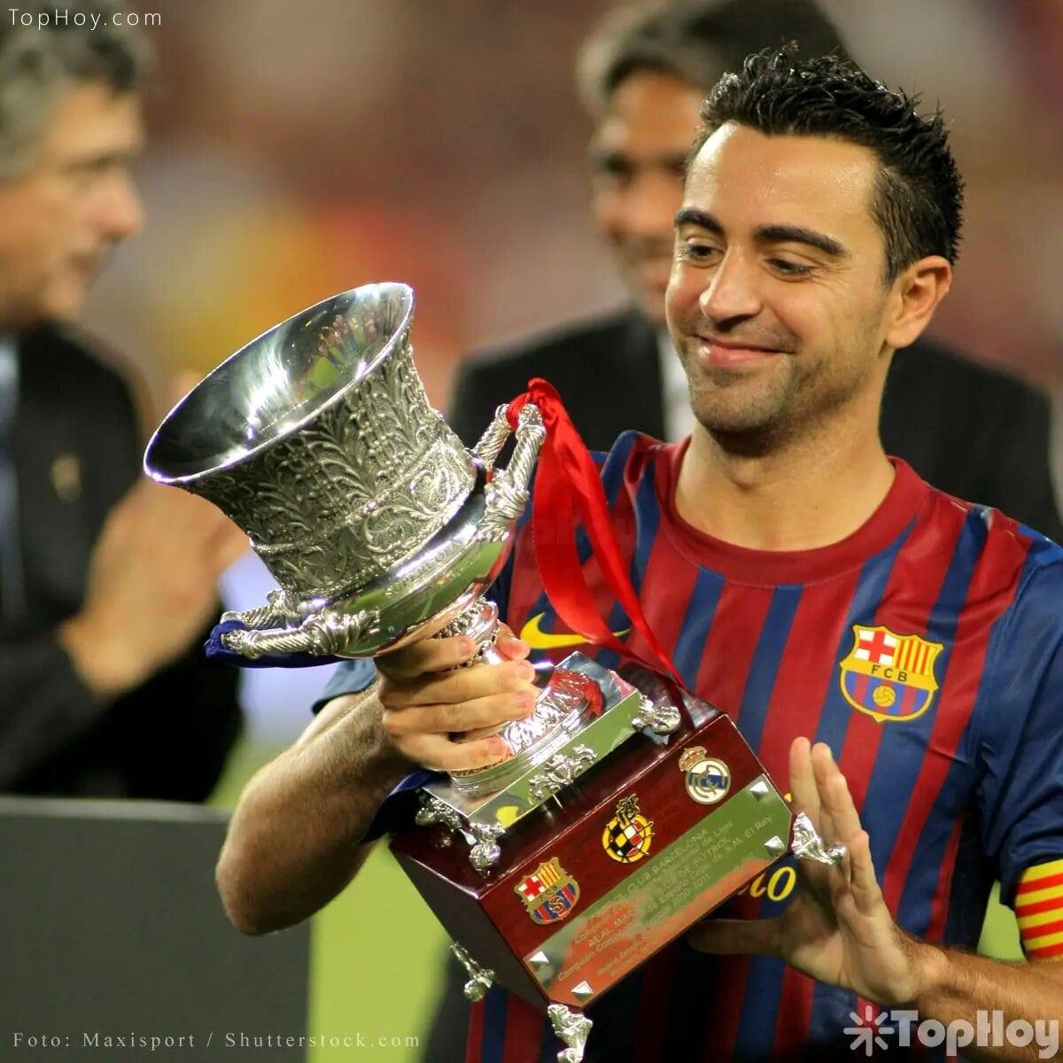 Yo no gano premios, yo los construyo. /Xavi Hernández, futbolista español.