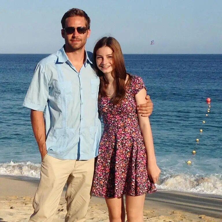 A partir de 2012 su hija se fue a vivir con él, lo que constituyó gran alegría. Iba con él a todas partes.