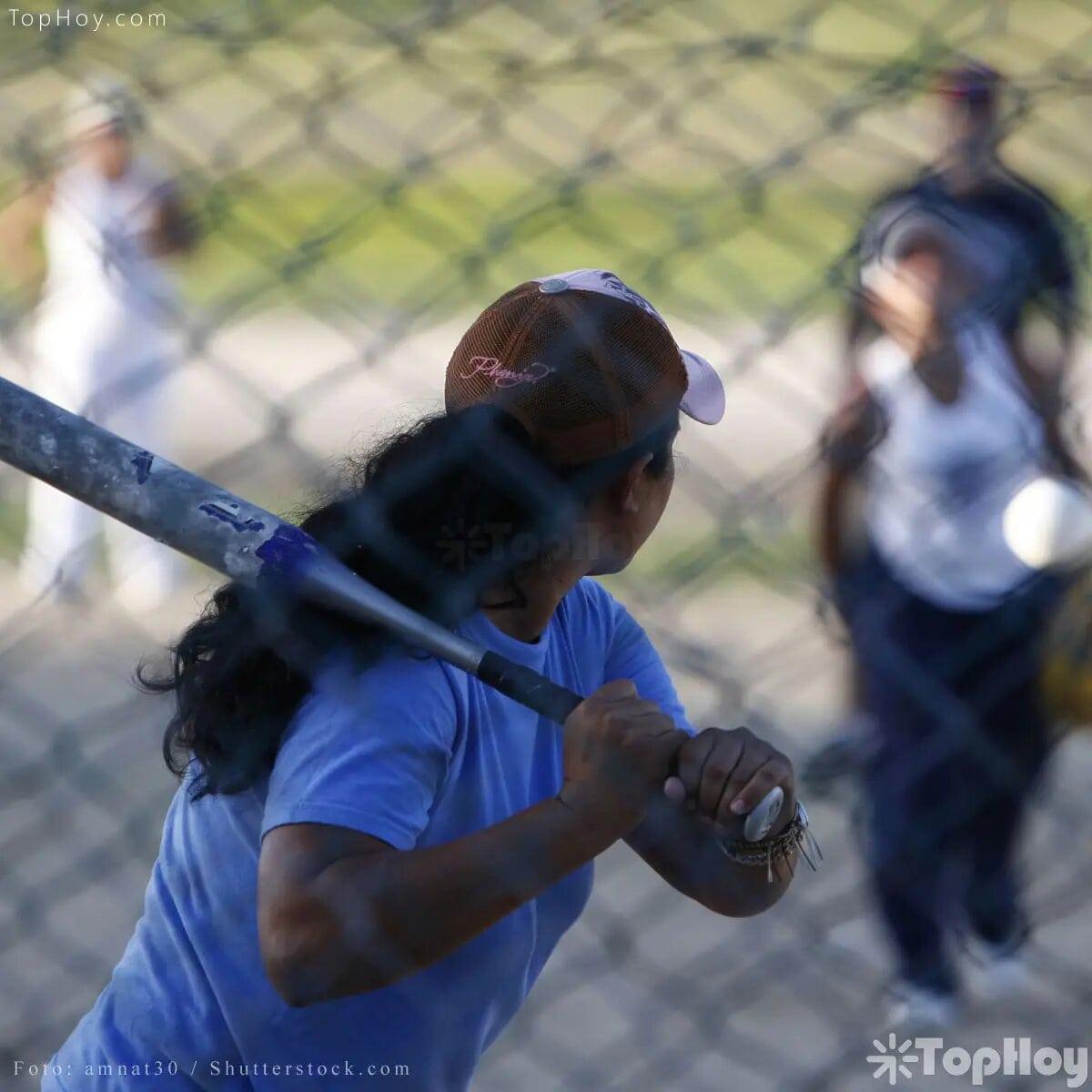 La pasión por el beisbol es algo que ha trascendido de generación en generación, provocando el amor y el odio entre la fanaticada que se toma muy en serio el apoyo a su equipo.