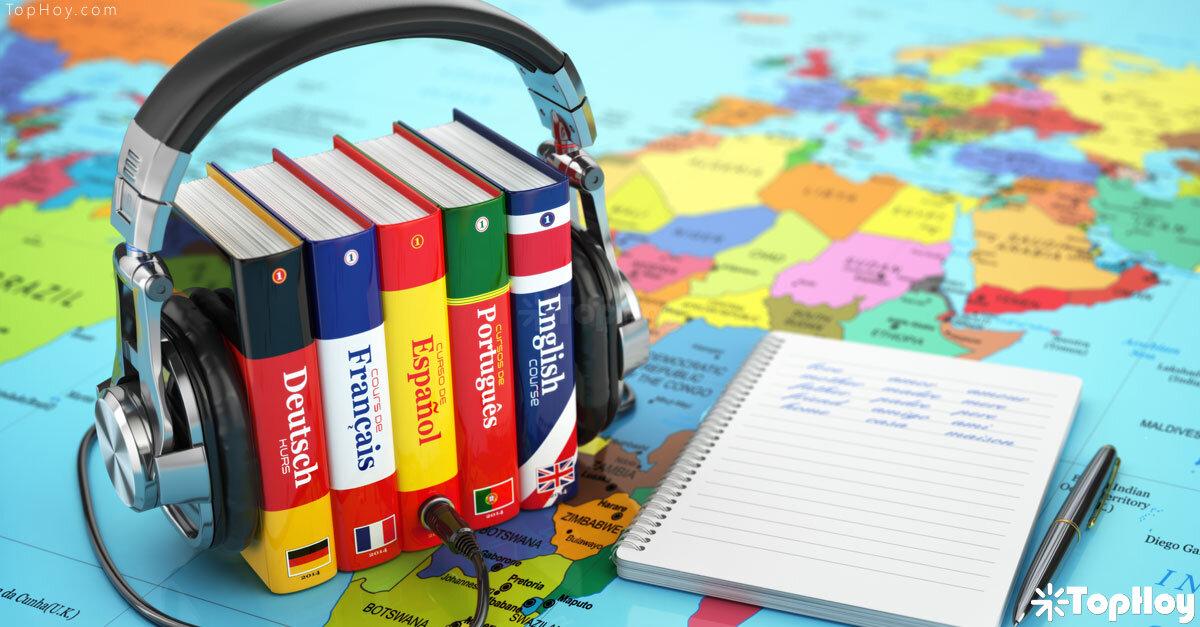 Domina seis idiomas: español, inglés, francés, portugués, italiano y catalán.